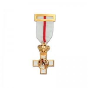 Cruz al Mérito Militar...