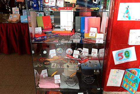 Productos de la tienda oficial para el Colegio Menor de Nuestra Señora de Loreto